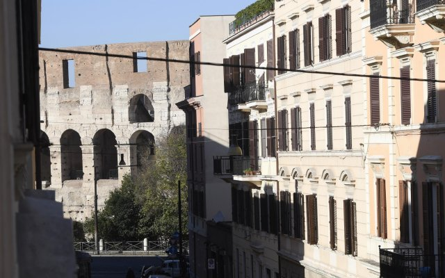 Апартаменты SS Quattro Apartment вид на фасад