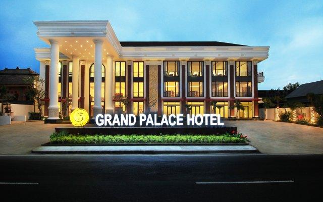 Grand Palace Hotel Sanur - Bali вид на фасад