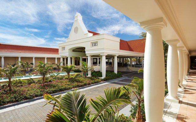 Curacao marriott beach resort x26 emerald casino transporter 2 online game