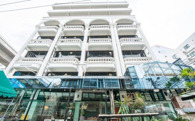 Отель The Best Bangkok House вид на фасад