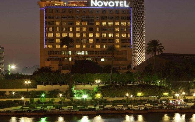 Отель Novotel Cairo El Borg вид на фасад