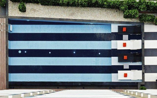 Отель Novotel Bangkok Silom Road вид на фасад
