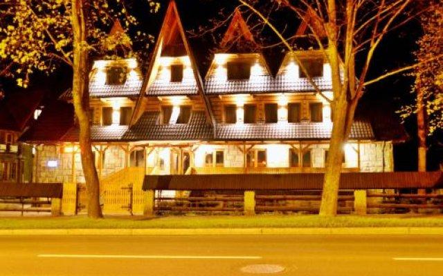 Отель Dom Wczasowy Grań Польша, Закопане - отзывы, цены и фото номеров - забронировать отель Dom Wczasowy Grań онлайн вид на фасад