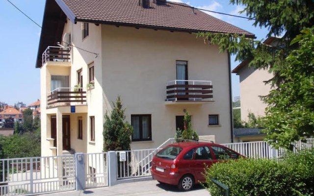 Apartments Maximir