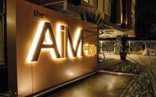 The Aim Sathorn Hotel Бангкок вид на фасад