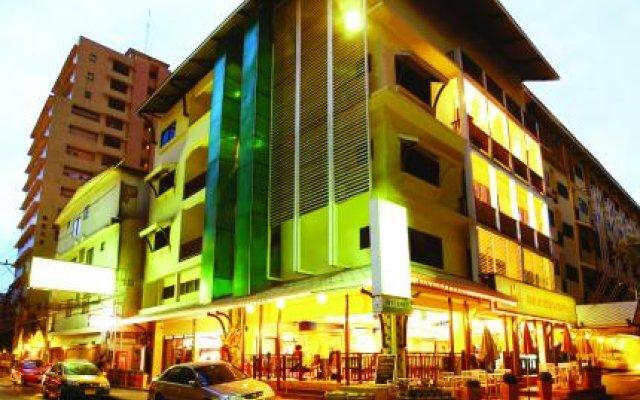 Woraburi Sukhumvit Hotel Resort