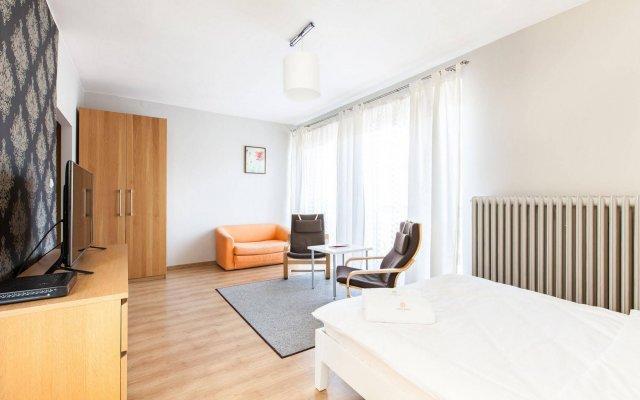 Отель Apartment4you Wilcza комната для гостей