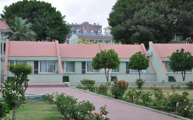 Oykum Hotel вид на фасад