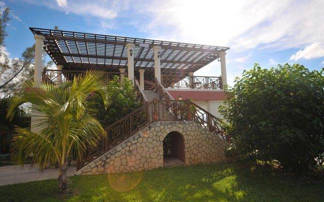 Отель Jewel Paradise Cove Beach Resort & Spa - Curio Collection by Hilton вид на фасад