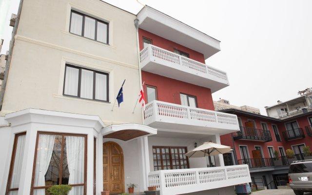 Гостиница Альянс вид на фасад