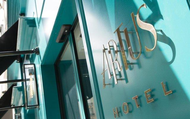 Отель Artus Hotel by MH Франция, Париж - отзывы, цены и фото номеров - забронировать отель Artus Hotel by MH онлайн вид на фасад