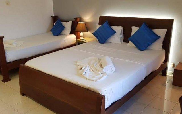 Отель Harbour Winds Hotel Шри-Ланка, Галле - отзывы, цены и фото номеров - забронировать отель Harbour Winds Hotel онлайн вид на фасад