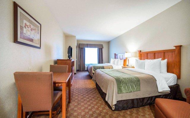 Отель Comfort Inn & Suites Las Vegas - Nellis США, Лас-Вегас - отзывы, цены и фото номеров - забронировать отель Comfort Inn & Suites Las Vegas - Nellis онлайн комната для гостей