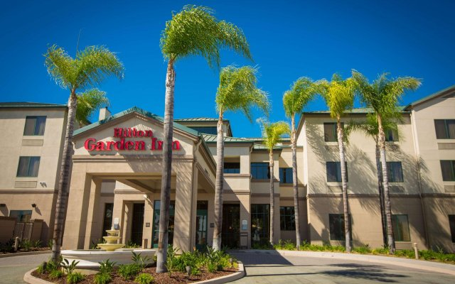 Отель Hilton Garden Inn Los Angeles Montebello Монтебелло вид на фасад