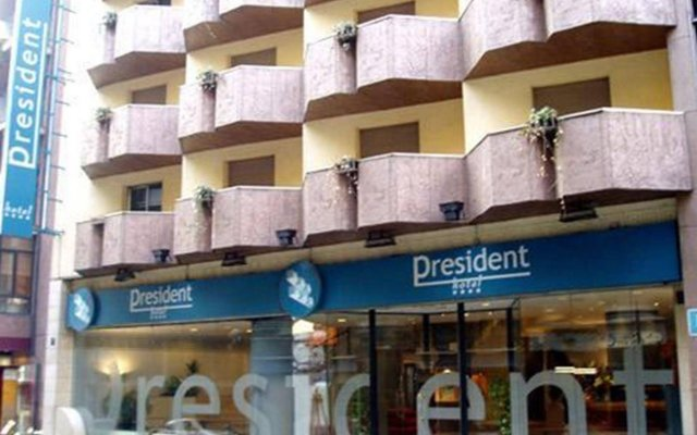 Hotel President 0
