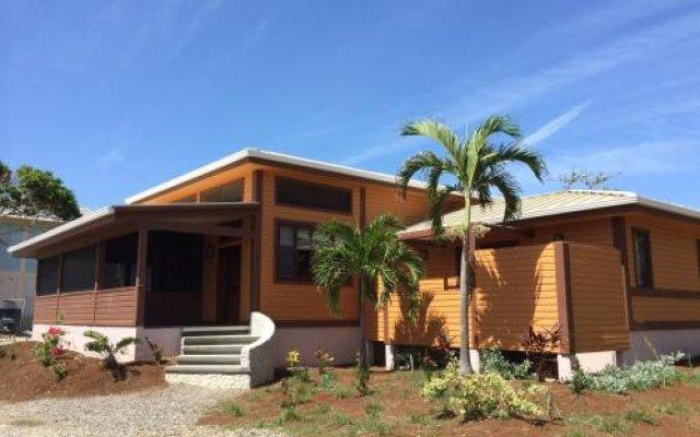 Отель Coral Beach Village Resort Гондурас, Остров Утила - отзывы, цены и фото номеров - забронировать отель Coral Beach Village Resort онлайн вид на фасад