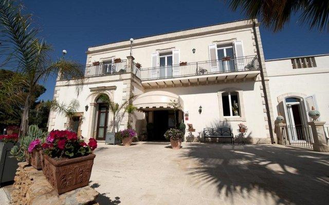 Charme Hotel Villa Principe di Fitalia Сиракуза вид на фасад