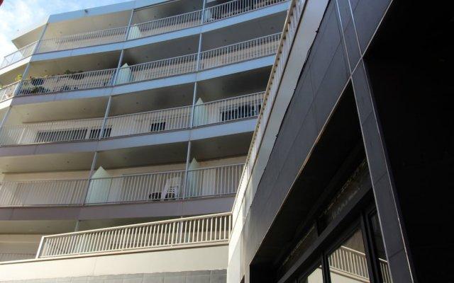 Отель Apartamento 2178 - Les Palmeres 5-2 Испания, Курорт Росес - отзывы, цены и фото номеров - забронировать отель Apartamento 2178 - Les Palmeres 5-2 онлайн вид на фасад