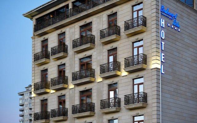 Отель Бульвар Сайд Отель Азербайджан, Баку - 4 отзыва об отеле, цены и фото номеров - забронировать отель Бульвар Сайд Отель онлайн вид на фасад