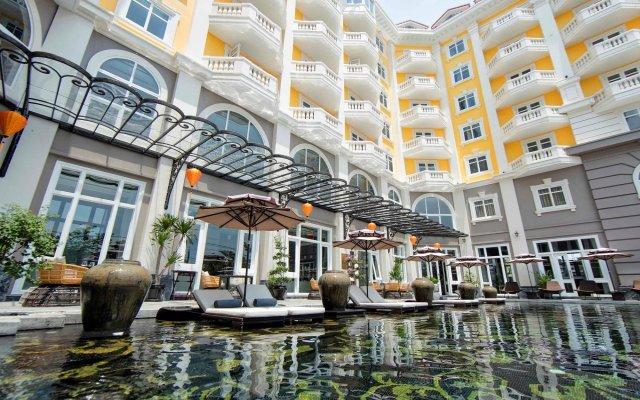Hotel Royal Hoi An - MGallery by Sofitel вид на фасад