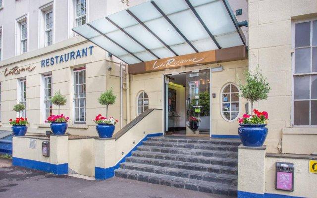 Отель La Reserve Великобритания, Лондон - отзывы, цены и фото номеров - забронировать отель La Reserve онлайн вид на фасад