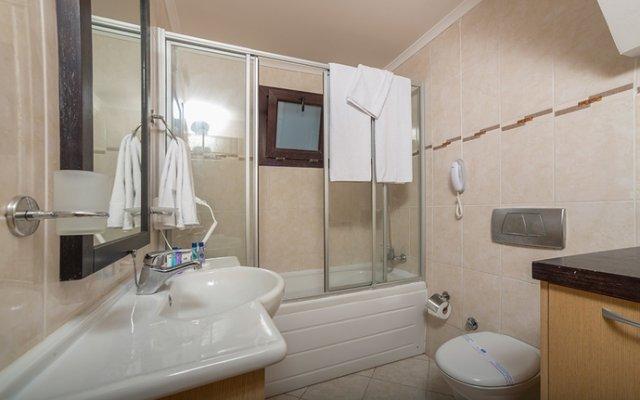 Fun & Sun River Resort Турция, Белек - отзывы, цены и фото номеров - забронировать отель Fun & Sun River Resort - All Inclusive онлайн ванная