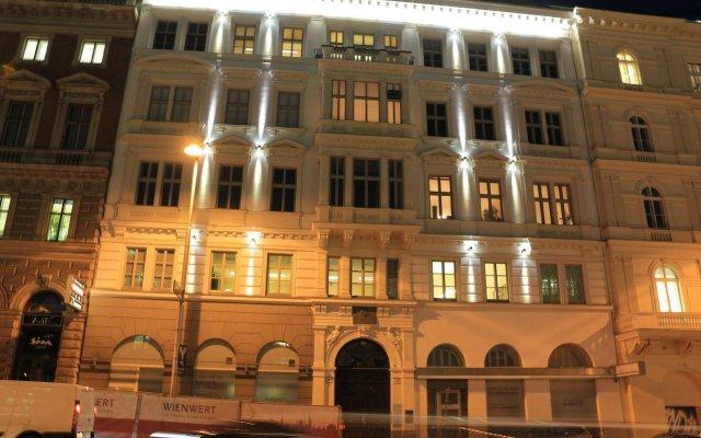 Отель Wienwert Apartments Getreidemarkt Австрия, Вена - отзывы, цены и фото номеров - забронировать отель Wienwert Apartments Getreidemarkt онлайн вид на фасад