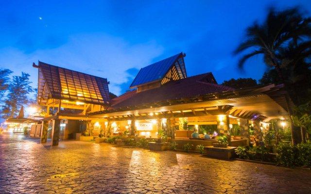 Phuket Island View Hotel вид на фасад
