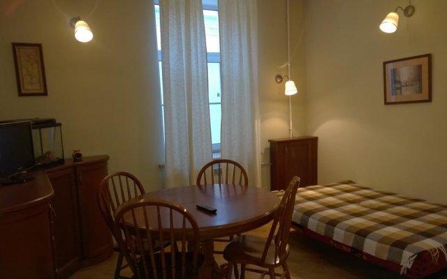 Отель Apartamenti na Kronvekskom Санкт-Петербург комната для гостей