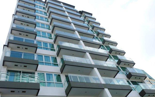 Апартаменты GM Serviced Apartment Бангкок вид на фасад