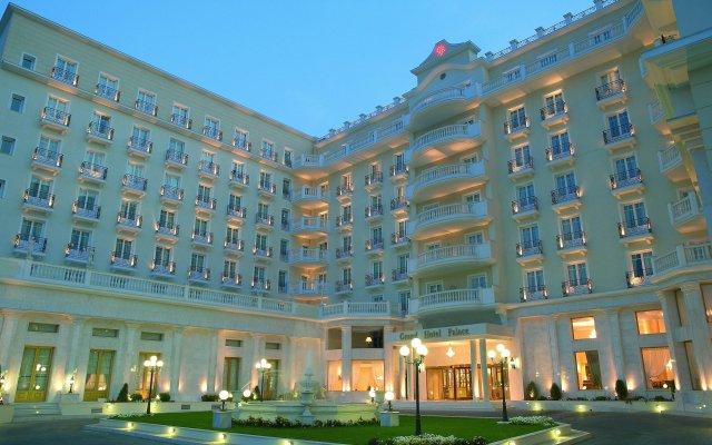 Grand Hotel Palace Салоники вид на фасад
