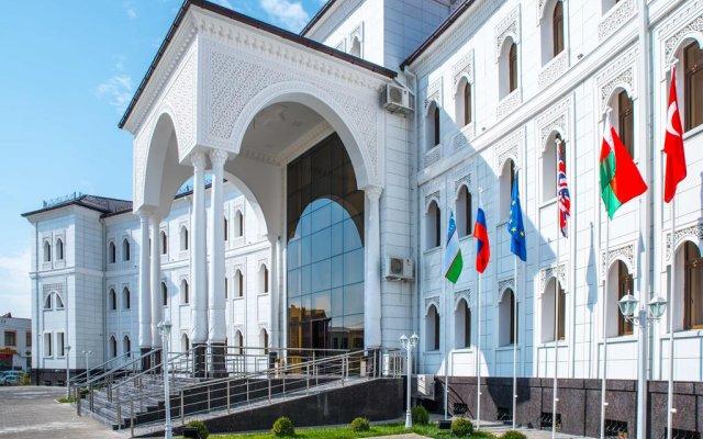 Отель Бек Узбекистан, Ташкент - отзывы, цены и фото номеров - забронировать отель Бек онлайн вид на фасад