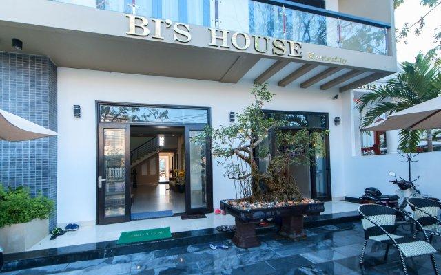Отель Bi's House Homestay вид на фасад