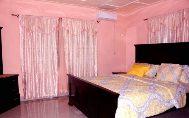 Montgomery Brothers estate in Monrovia, Liberia from 151$, photos, reviews - zenhotels.com guestroom