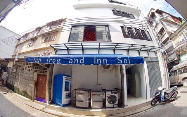 Inn Trog And Inn Soi - Hostel - Adults Only Бангкок вид на фасад
