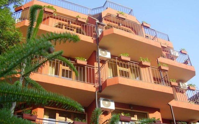 Отель Terra Guest House Болгария, Равда - отзывы, цены и фото номеров - забронировать отель Terra Guest House онлайн вид на фасад