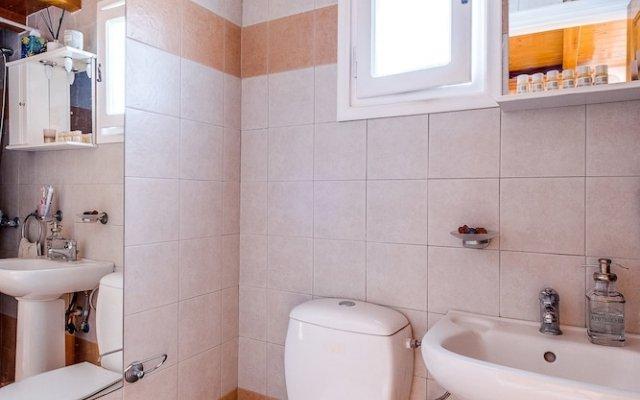 Отель Paradise Traditional Cycladic House Греция, Остров Санторини - отзывы, цены и фото номеров - забронировать отель Paradise Traditional Cycladic House онлайн ванная