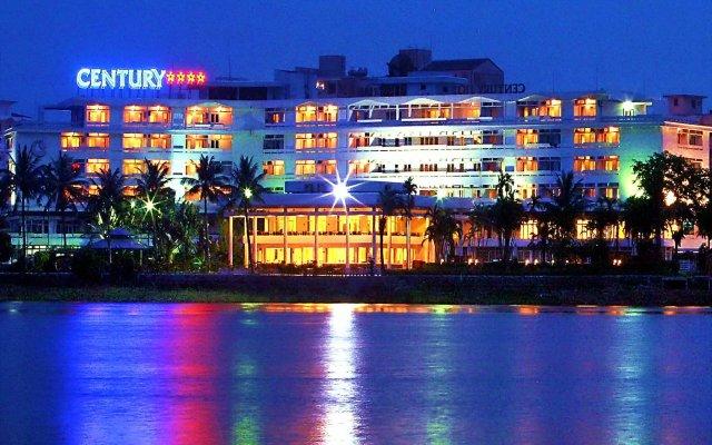 Century Riverside Hotel Hue вид на фасад