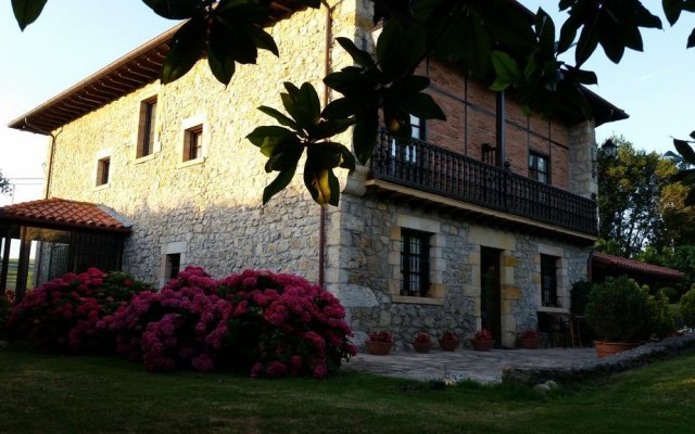 Отель Posada La Estela Cántabra вид на фасад