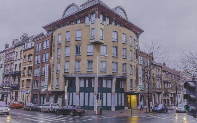 Отель Aparthotel Brussels Midi вид на фасад