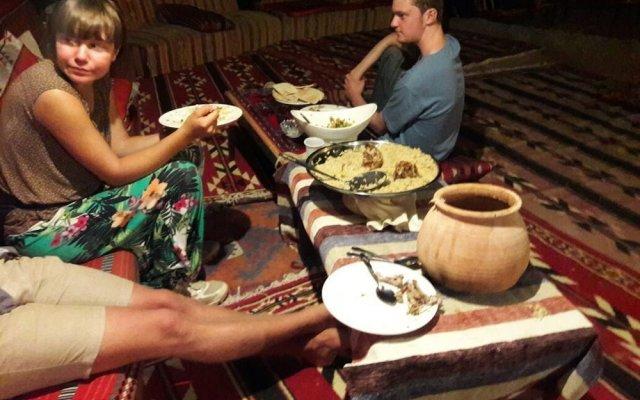 Отель Petra Mars Camp Иордания, Вади-Муса - отзывы, цены и фото номеров - забронировать отель Petra Mars Camp онлайн питание