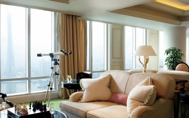 Отель The Ritz Carlton Guangzhou Гуанчжоу комната для гостей