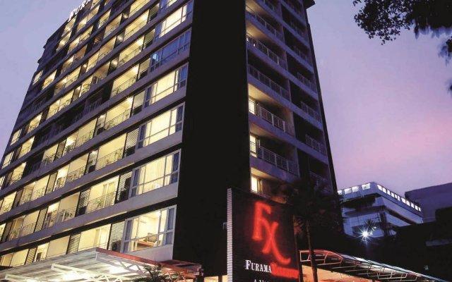 Отель FuramaXclusive Sathorn, Bangkok вид на фасад