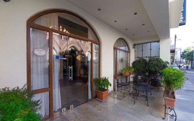 Отель City Грузия, Тбилиси - 3 отзыва об отеле, цены и фото номеров - забронировать отель City онлайн вид на фасад