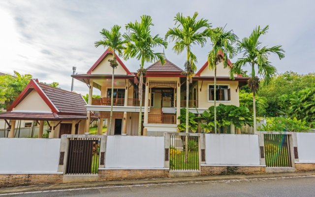 Отель Phuket Private Havana Villa вид на фасад