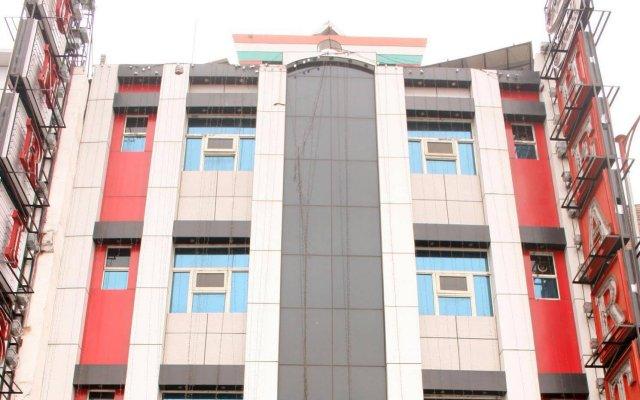 Hotel Delhi Heart вид на фасад
