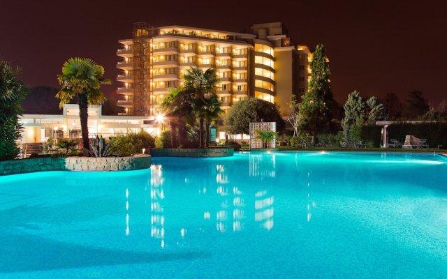Отель Splendid Италия, Гальциньяно-Терме - 3 отзыва об отеле, цены и фото номеров - забронировать отель Splendid онлайн вид на фасад
