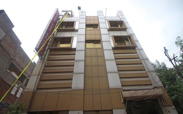 Отель OYO 5943 TJS Grand вид на фасад