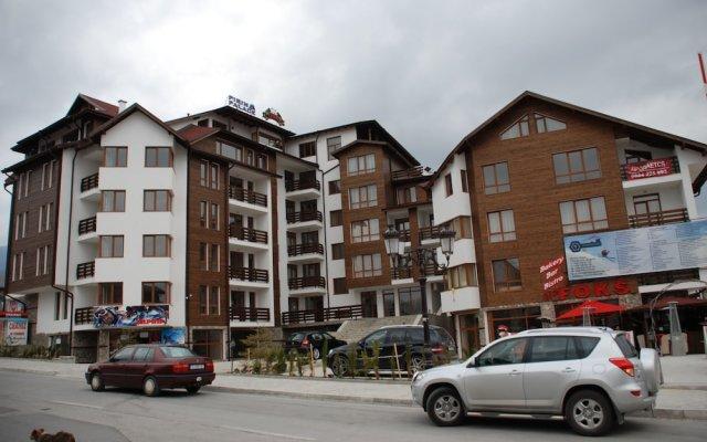 Апартаменты Pirin Palace White Apartments вид на фасад