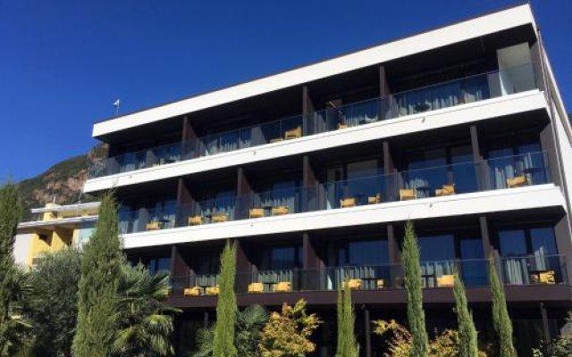 Hotel Raffl Лаивес вид на фасад